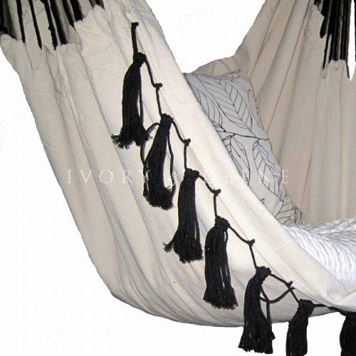 IVD342-soho-cream-hammock-3_1600x1600