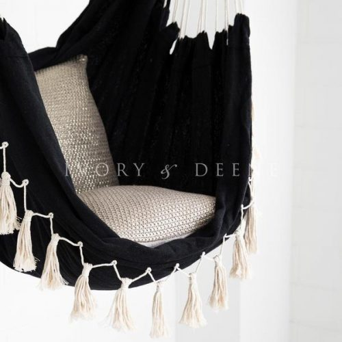 Black-savoy-hammock-ivory-and-deene-2-2_600x