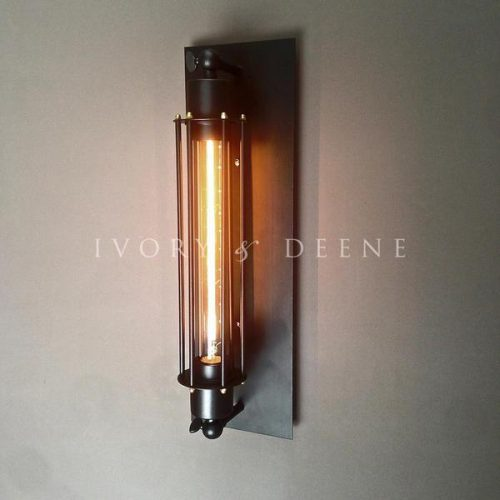Black wall sconce new edition 600x