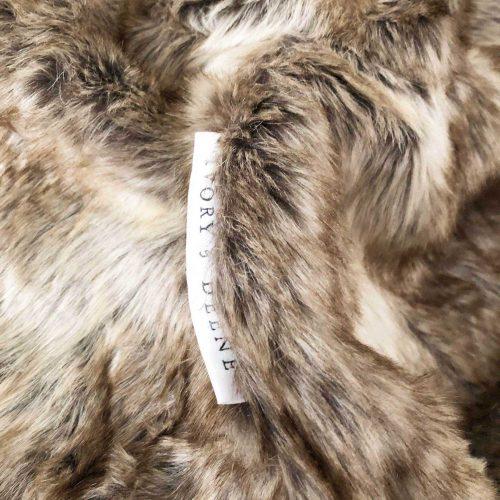 Fur beanbag palomino 1 IVD494 1800x1800