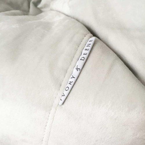 Ivory micro fur round beanbag detail 02824665 dfff 4260 a25c 7295567d0f4e 1600x1600