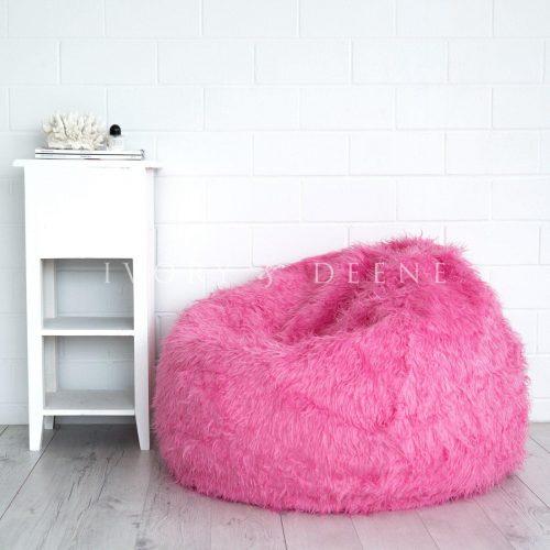 Pink fur beanbag polo 1 2 1600x1600