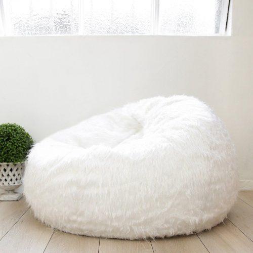 White fur polo beanbag 1600x1600