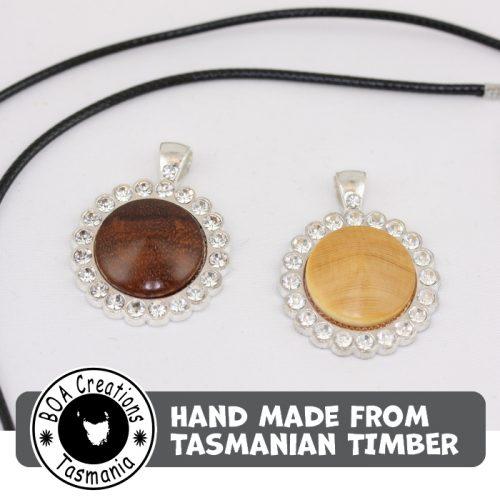 Boa Tasmania Pendant