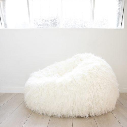 IVD217-white-lush-fur-beanbag
